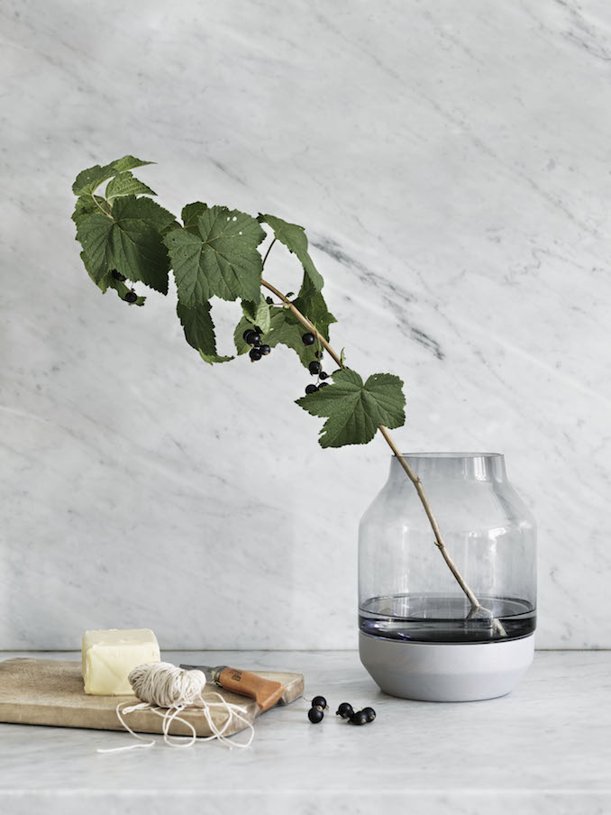 Elevate Vase