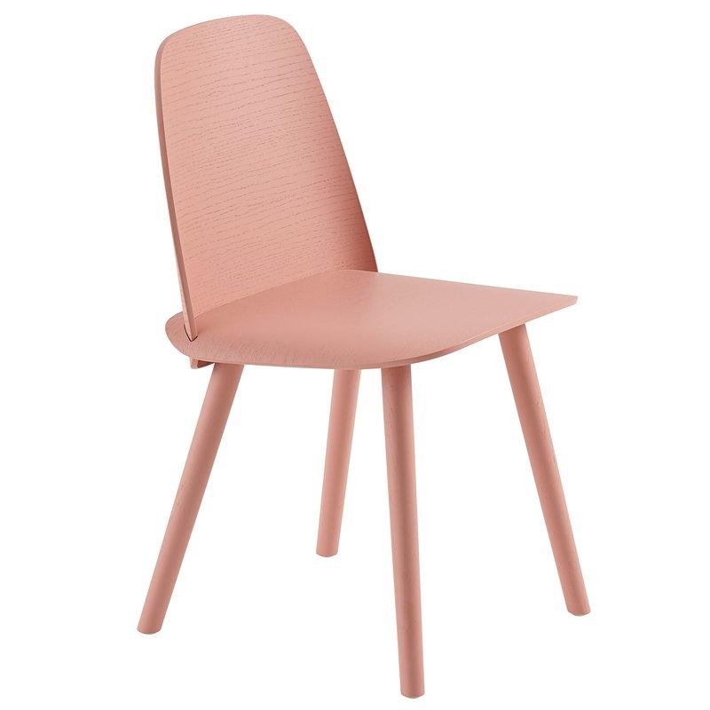 Nerd dining chair