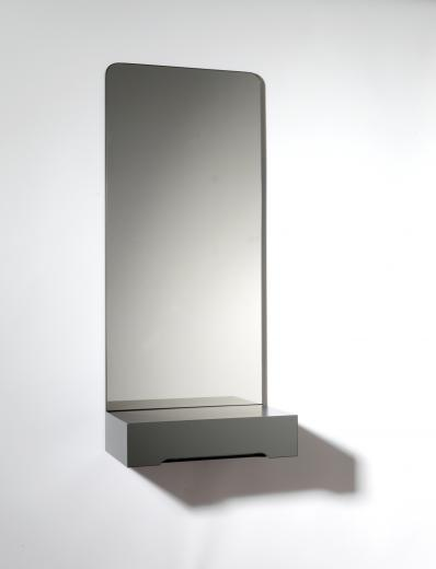 SMD – Prisma Mirror. Large. Grey.
