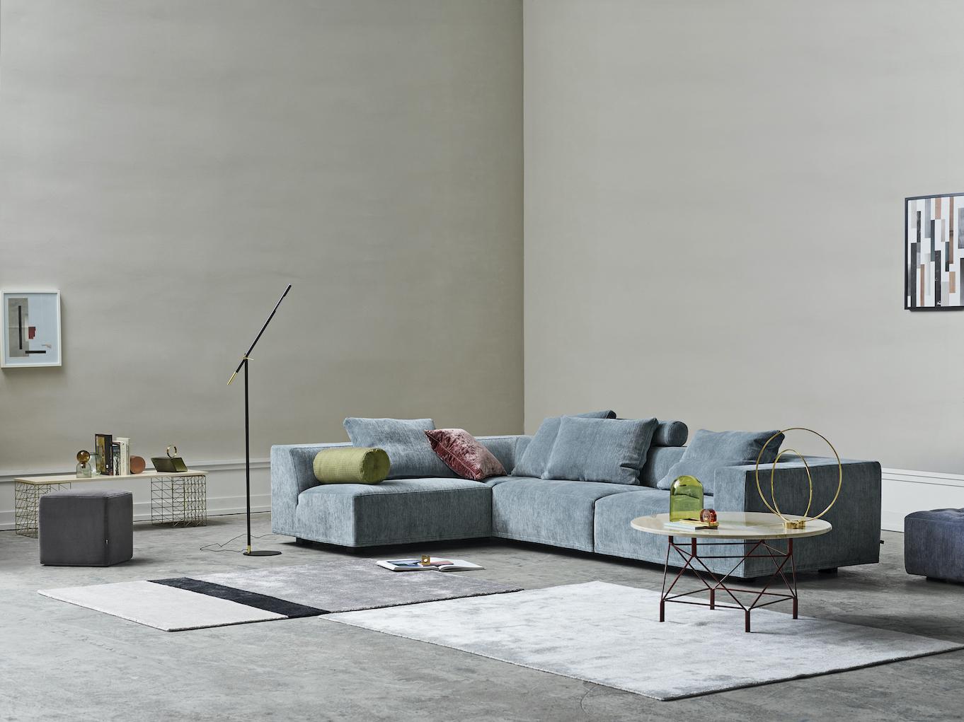 Baseline sofa