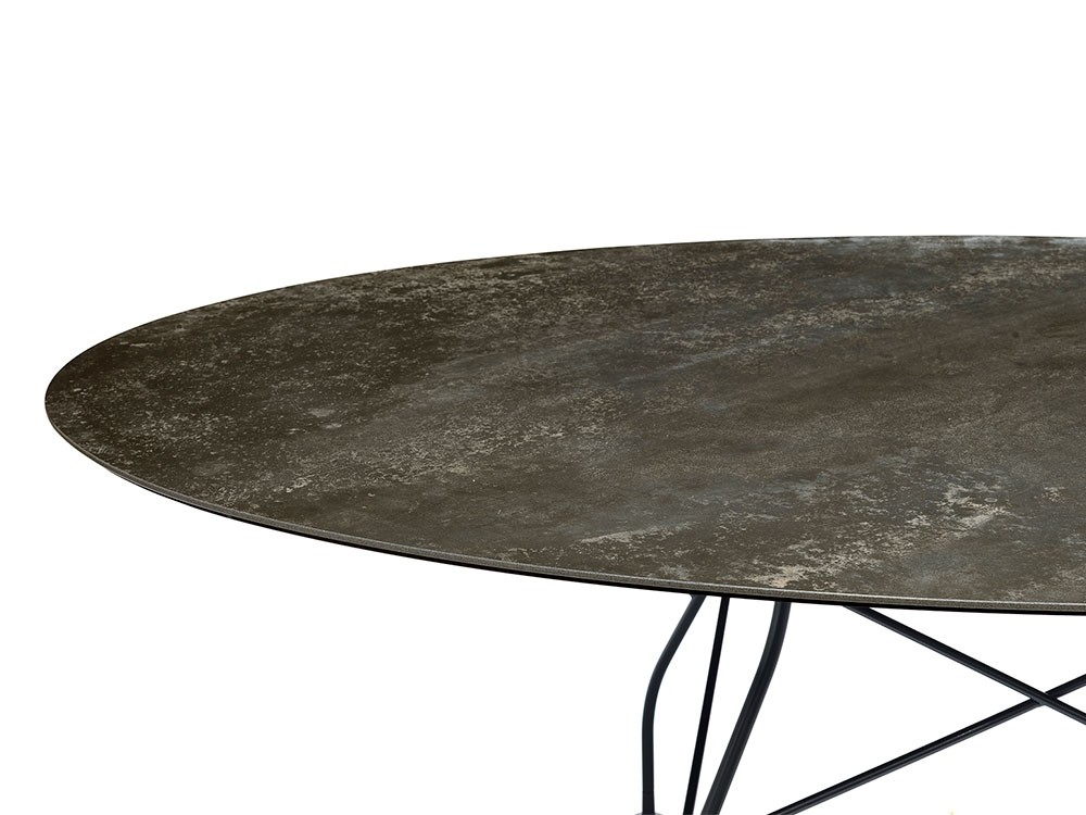 Glossy Outdoor Oval Table